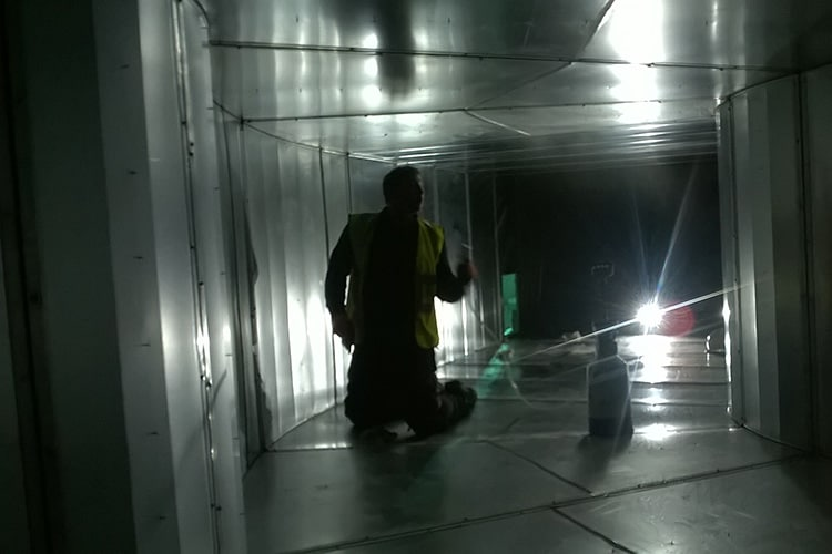 Clean hospital ductwork